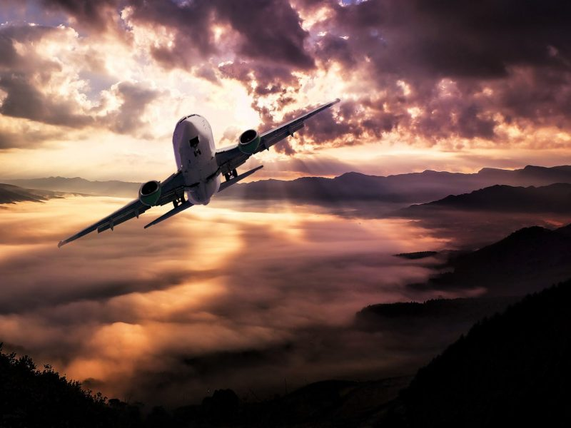 Low cost αεροπορικές: Τα υπέρ & τα κατά
