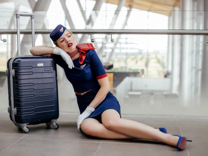 Οι αεροσυνοδοί σε συμβουλεύουν για να έχεις ασφαλή ταξίδια